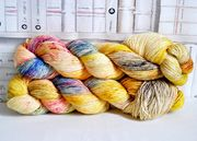 Artemisyarns: Sukkalanka  75% merino/ 25% nylon, Golden Fleece 100g