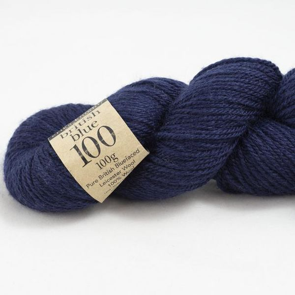 British Blue Wool 100g, Tummansininen